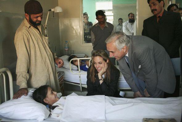 En 2005 visitó Pakistán para ser testigo del desastre que sufrió la pobl...