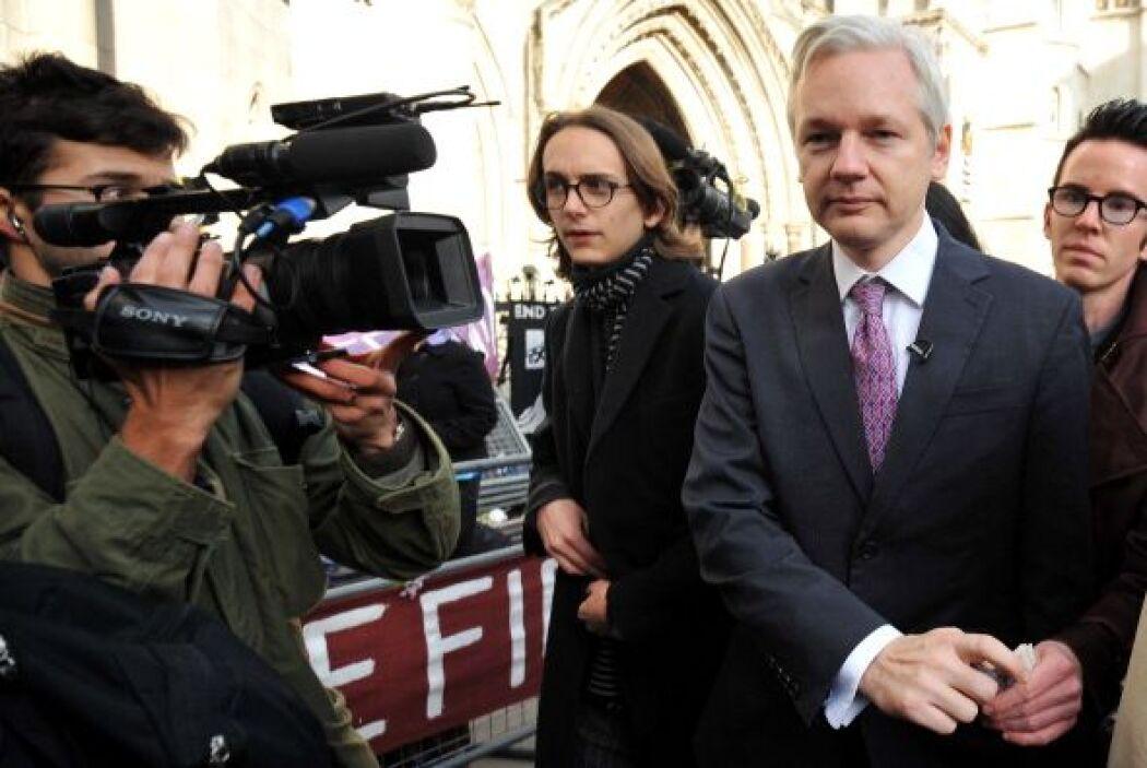 Assange se encuentra acusado de delitos sexuales en Suecia, nación que h...