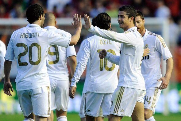 La fórmula Cristiano Ronaldo-Benzema-Higuaín es demoledora...