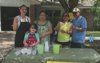 Se celebran 10 años del 'Día de la limonada' en Houston