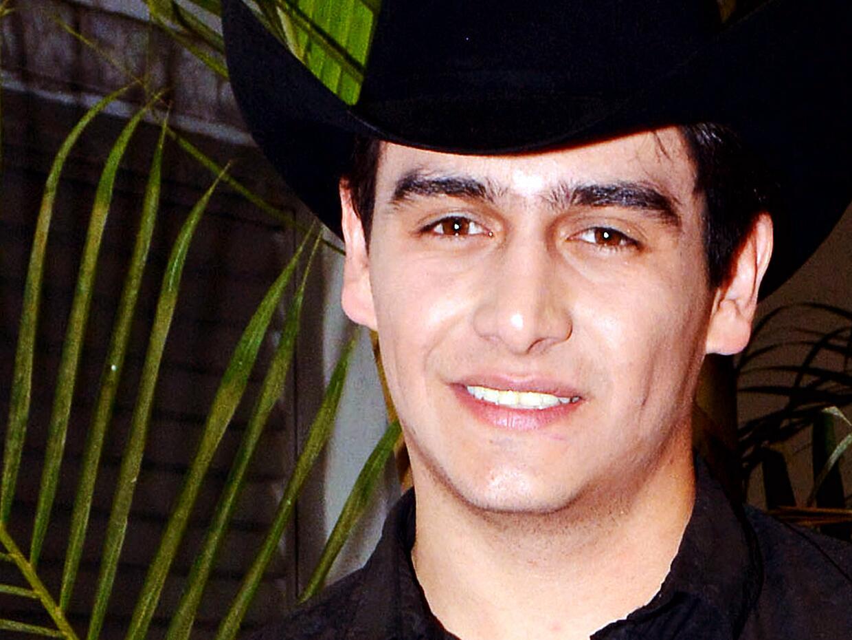 Julián Figueroa se dio cuenta de que su novia estaba embarazada a los 6...