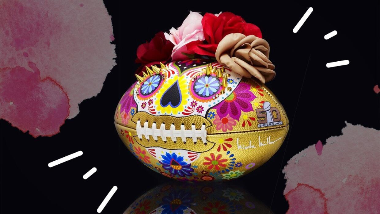 La diseñadora Nicolle Miller creó esta pelota en forma de Catrina.