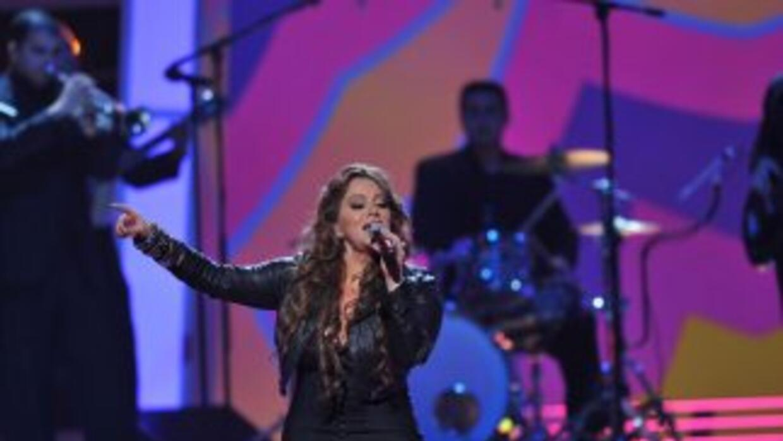 El paso de Jenni Rivera por Premio Lo Nuestro fue memorable, y en la edi...