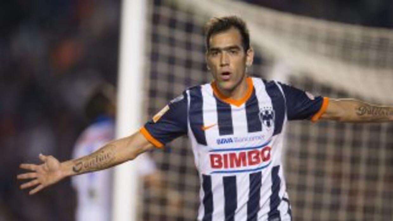 'Chelito' Delgado marcó el tercer gol para los Rayados.