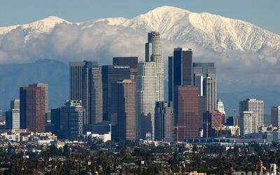 Inmigrantes mantienen la esperanza de que el estado de California sea de...