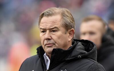 Adran Heath busca soluciones drásticas para Minnesota United.