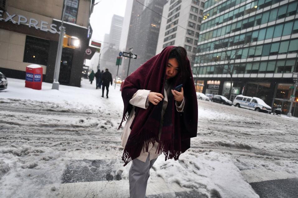 Las autoridades alertaron que las temperaturas descendarán a los 20 grad...