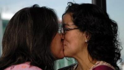 La celebración de matrimonios homosexuales en el DF ha llamado la atenci...