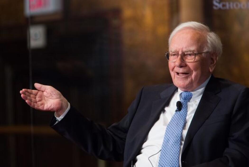 2. El segundo puesto es de Warren Buffet, el presidente de Berkshire Hat...