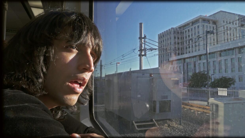 Mira el video 'Perdido' del bolerista indie Cesar Saez