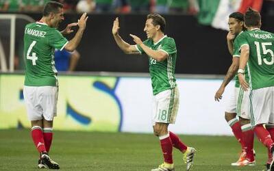 México está cambiando el futbol bonito por el juego práctico con Juan Ca...