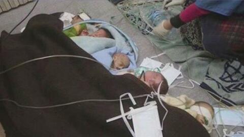Impresionantes imágenes de bebés prematuros durante bombardeos en Alepo