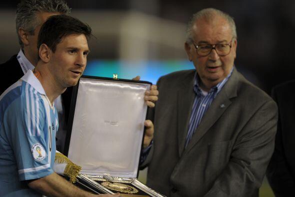 El 30 de abril, murió el directivo de la FIFA y presidente de la...
