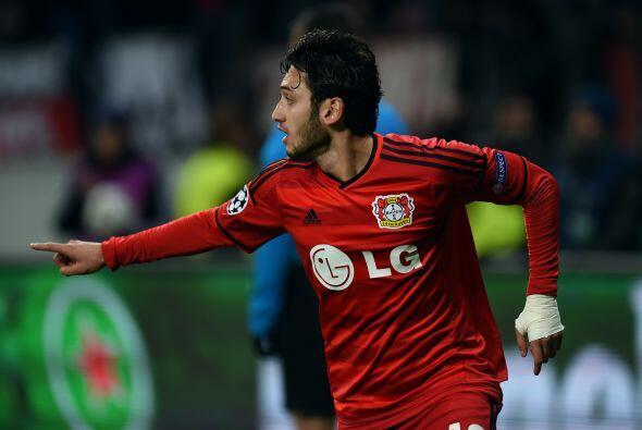 El gol de la quiniela llegaría al minuto 57 obra de Hakan Calhanoglu en...