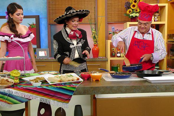 El sabor a México también llegó a la cocina donde Karla y el Chef Pepín...