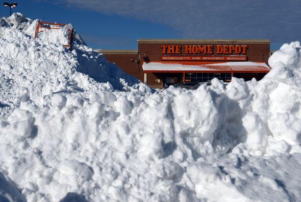 En Minnesota (norte), el gobernador Mark Dayton anunció que las escuelas...