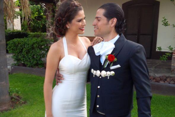 Desde que se conocieron, Ana y Luis sabían que eran el uno para e...