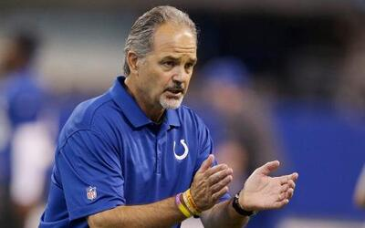 Bruce Arians fue hospitalizado, no estuvo con Colts vs. Ravens 11-chuck-...