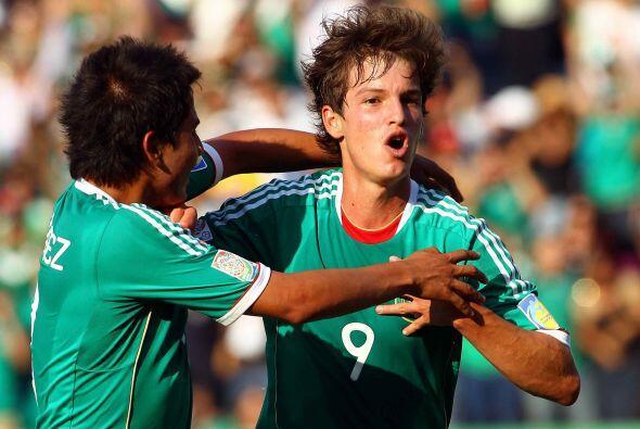 En 2011 surgió la figura de Carlos Fierro quien tras conseguir el campeo...