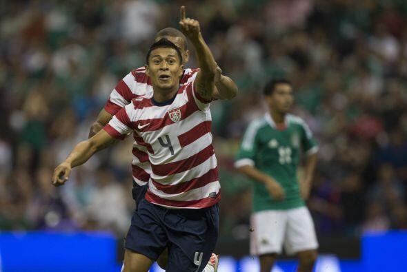 El jugador de 28 años, debutó con los Estados Unidos en 2008 y anotó un...