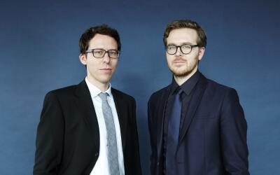 Bastian Obermayer (izquierda) y Frederik Obermaier son periodistas de in...