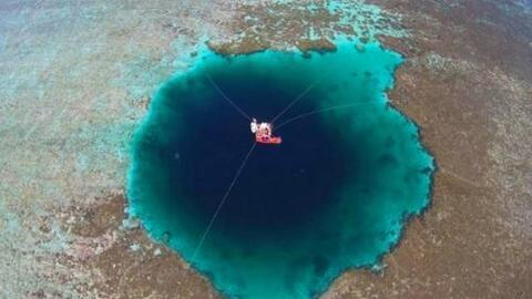 China afirma que ha descubierto la fosa submarina más grande del mundo