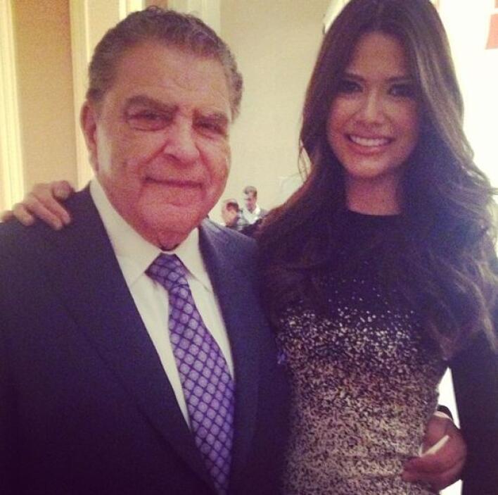 Ana Patricia González muy bien acompañada del gran homenajeado Don Franc...