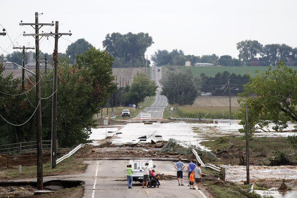 Muertos, heridos y miles de damnificados dejaron inusuales inundaciones...