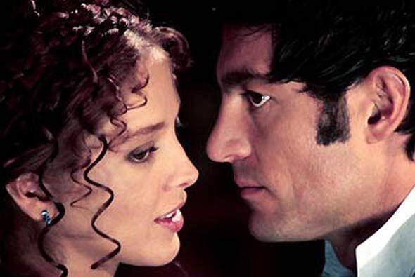 "Fernando Colunga tuvo su ""Amor Real"" en 2003. En esta telenove..."