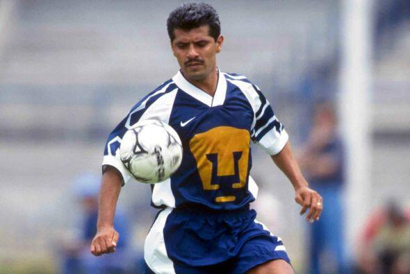 Luis Flores inició su carrera con los Pumas y tras un paso por varios eq...
