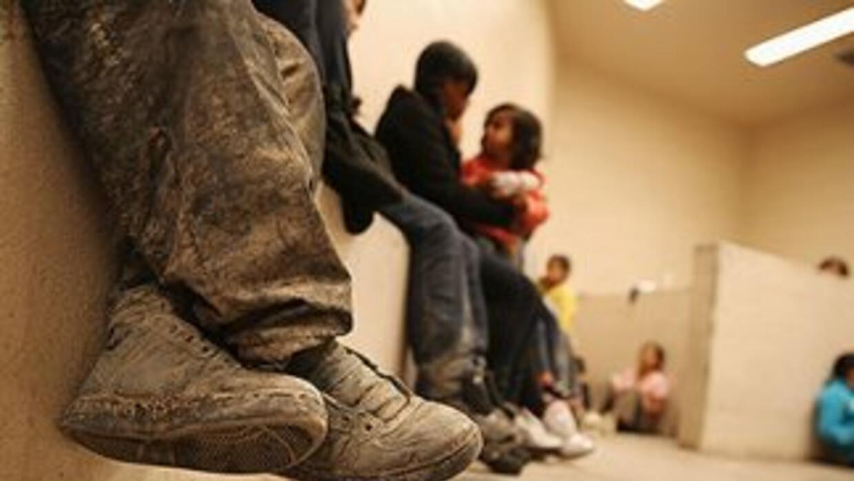 Niños migrantes en un centro de detención en el sur de Texas.