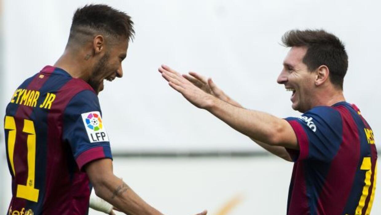 Con goles de Neymar y Messi, los blaugranas doblegaron al Rayo en Vallec...