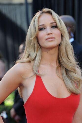 El vestido fue muy criticado por su parte superior, que nos hacia pensar...