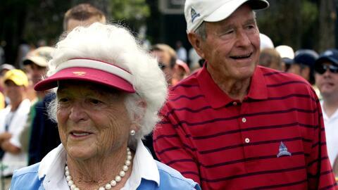 George W.H. Bush y su esposa se encuentran hospitalizados y no asistirán...