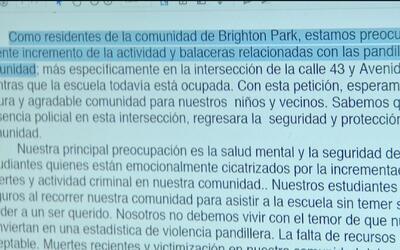 Residentes de Brighton Park reclaman más presencia policial frente a una...