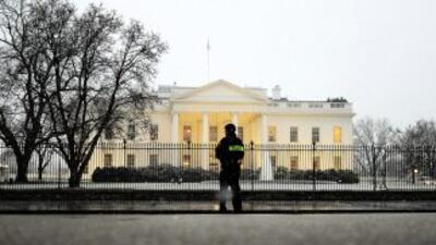 Un hombre en la Casa Blanca resultó herido en la mano y podría perder al...