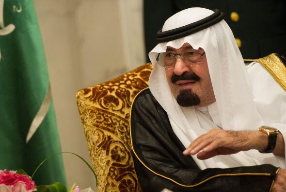 4. Abdullah bin Abdul Aziz al-Saud. Forbes señala que el rey de Arabia S...