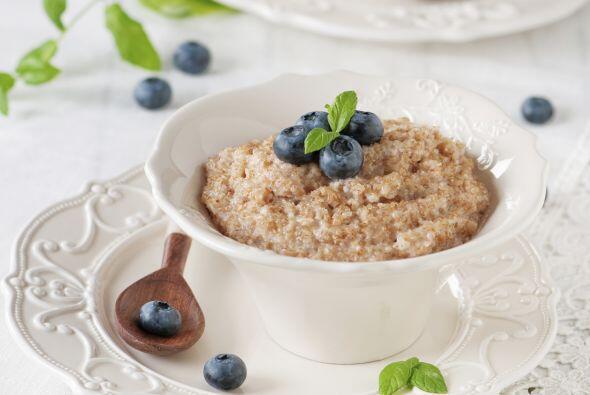 Los cereales integrales benefician tanto a niños como a adultos. Sin emb...