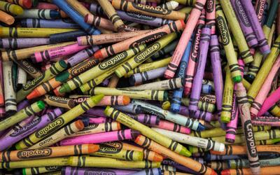 A partir de este viernes un color desaparecerá de la caja de Crayola, ¿c...