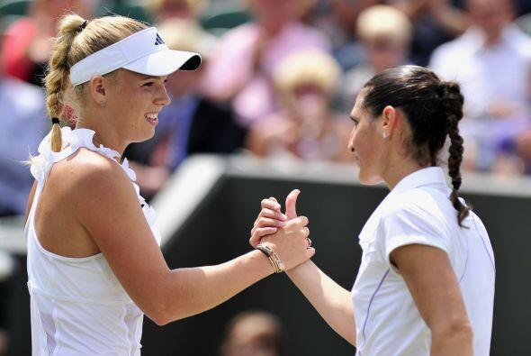 Caroline Wozniacki aseguró su primer lugar del ránking al...