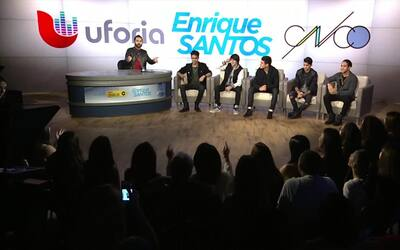 Enrique Santos entrevista a CNCO después del estreno de su nueva canción...