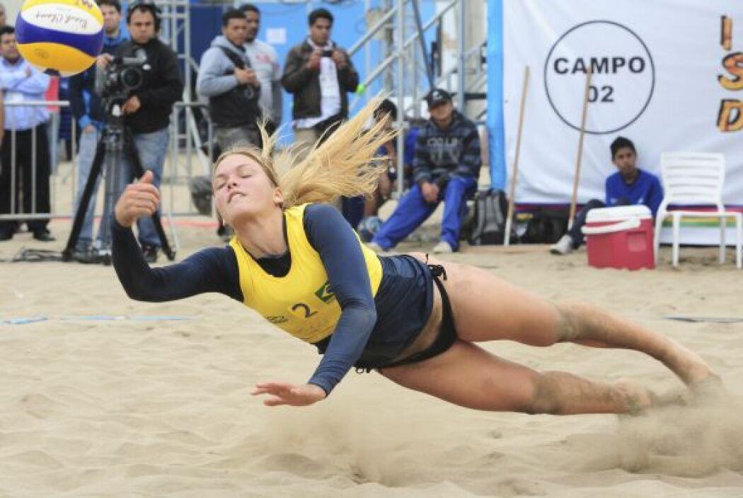 """Cambinación perfecta, playa, Brasil, voleibol, """"garota"""", belleza......."""
