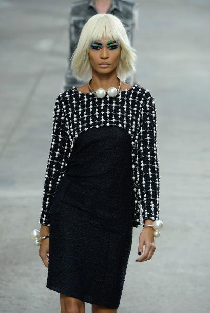 La elegancia se apreció a piezas en negro como ésta. Una apuesta segura...