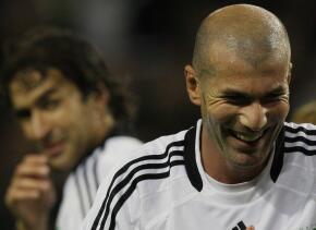 Raúl  junto con Zidane