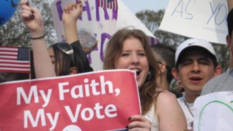 Al menos 10.2 millones de electores en Estados Unidos son hispanos. En l...