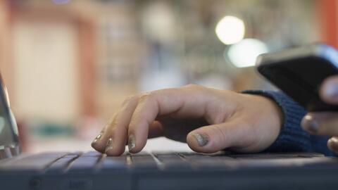 Las visas H-1B las utilizan principalmente profesionales extranjeros con...