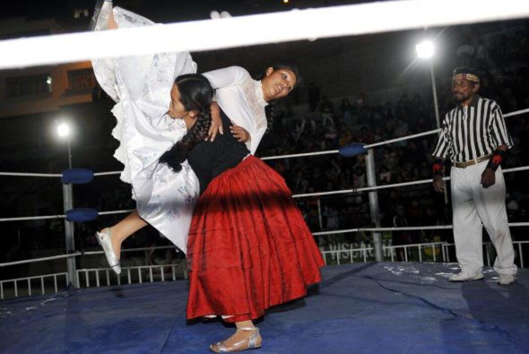 Por el contrario, Ángela es más técnica, opta por los saltos, las llaves...