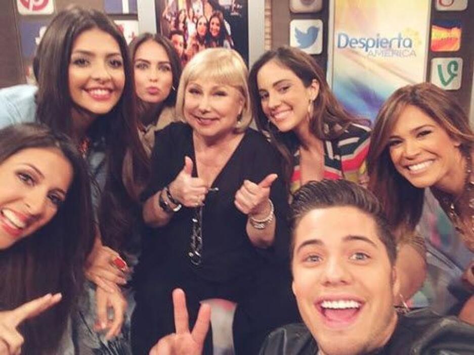 'Selfie' de peso. Para celebrar a Cristina Saralegui en Despierta Améric...