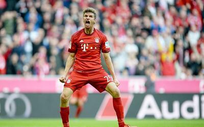 Thomas Müller del FC Bayern ha anotado 8 goles, y está empatado con Luis...