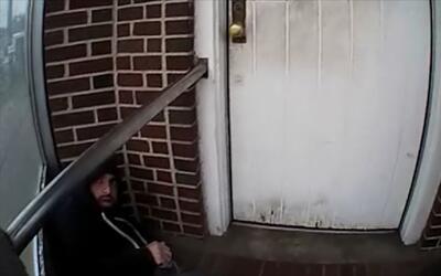 En video: el momento en que la policía encontró al sospechoso de la bomb...